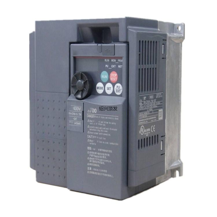 工控触摸屏、PLC、变频器防损包装,聚氨酯现场发泡包装